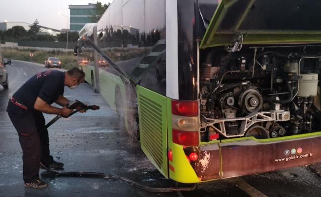 Dilovası'nda halk otobüsünde yangın