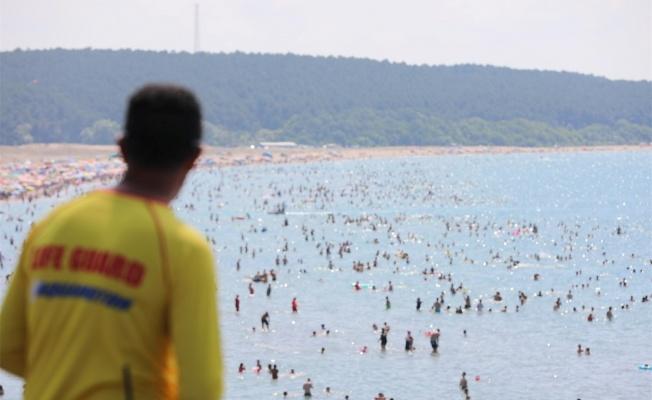 107 kişiyi boğulmaktan kurtardılar