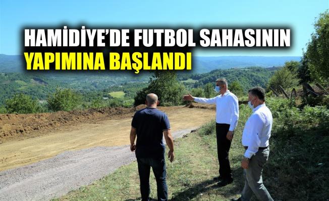 Hamidiye'de futbol sahasının yapımına başlandı