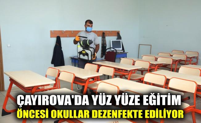 Çayırova'da yüz yüze eğitim öncesi okullar dezenfekte ediliyor