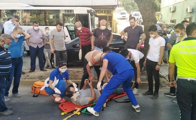Kocaeli'de tırın çarptığı minibüsteki 4 kişi yaralandı