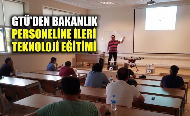 GTÜ'den Bakanlık personeline ileri teknoloji eğitimi
