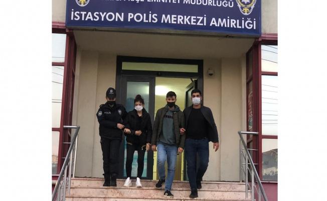 Darıca'da taksiye sahte para verdiği ileri sürülen karı koca tutuklandı