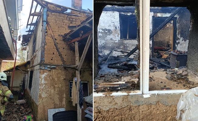 Yangın çıkan evde mahsur kalan kadın yaşamını yitirdi