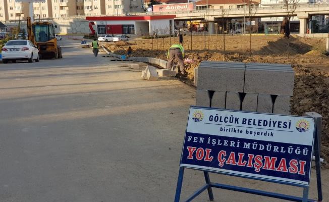 Gölcük Belediyesi sokağa çıkma kısıtlamasında tüm ekipleriyle sahadaydı