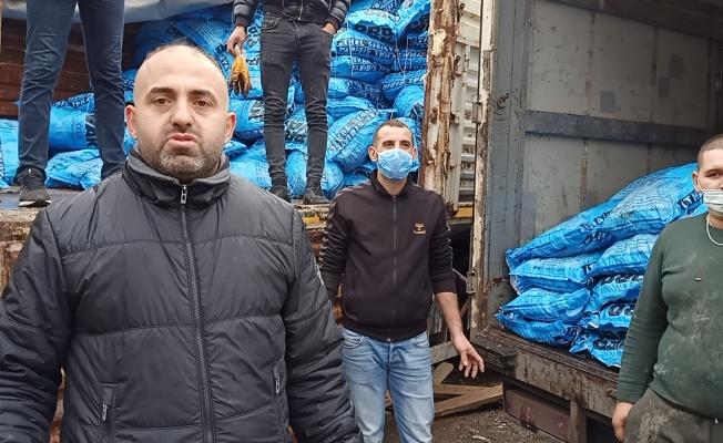 Trabzonlu gençlerden ihtiyaç sahibi ailelere 40 ton kömür