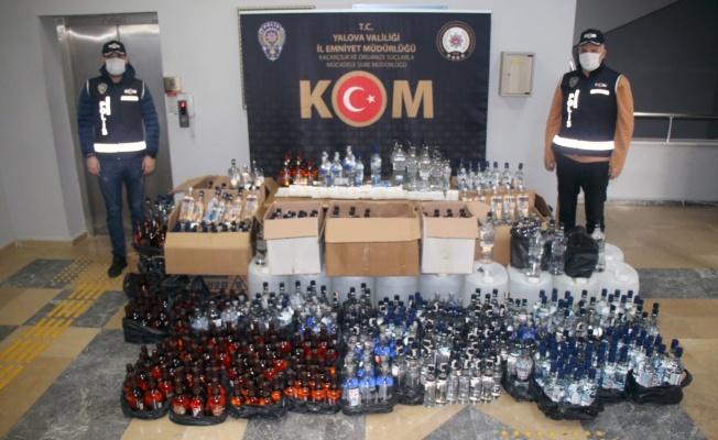 Kaçak içki imalathanesine baskında iki kişi gözaltına alındı