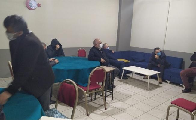 Kısıtlamada kumar oynayan 13 kişiye para cezası uygulandı