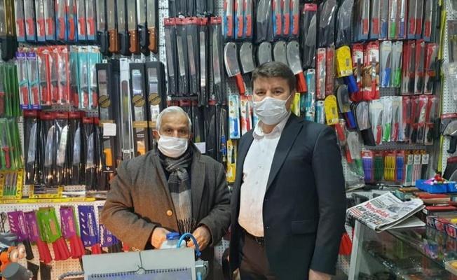 Aksaray'da Başkan Dinçer çarşı esnafını ziyaret etti