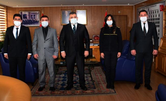 Darıca'da rüşvet teklifini reddeden 3 polis ödüllendirildi
