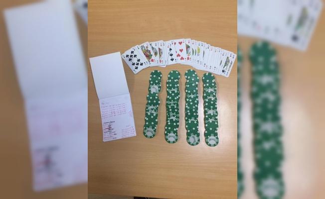 Kocaeli'de kumar oynayan ve Kovid-19 tedbirlerini ihlal eden 19 kişiye para cezası