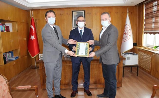 KTSO Başkanı Ilık, Kırklareli Defterdarı Durusoy'u ziyaret etti
