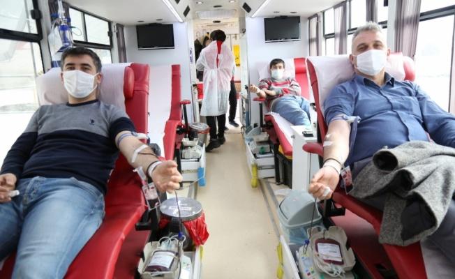 Serdivan'da kan bağışı kampanyası düzenlendi