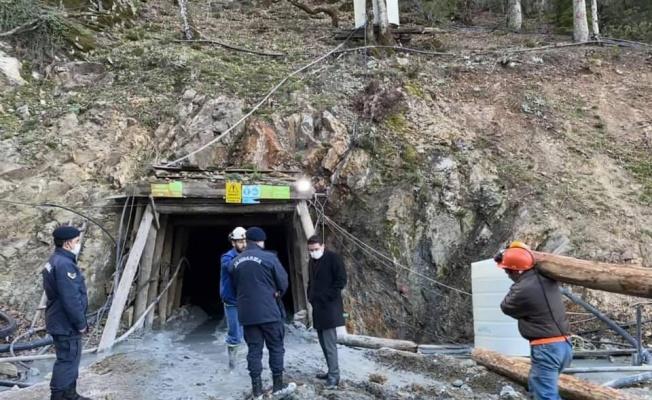 Çanakkale'de maden ocağında meydana gelen göçükte bir işçi mahsur kaldı