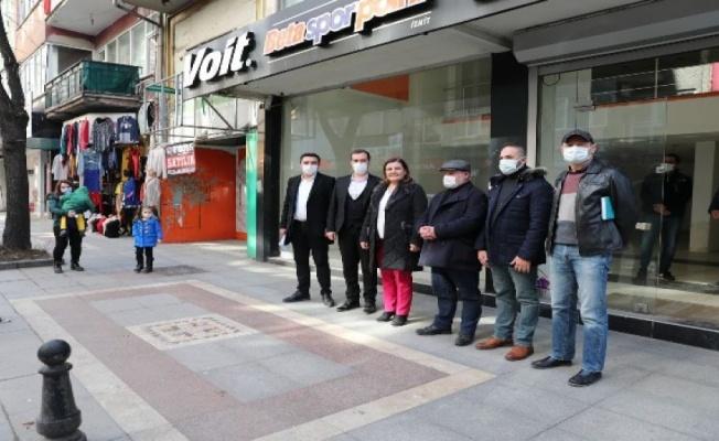 İzmit Halk Market'e Ankara'dan destek