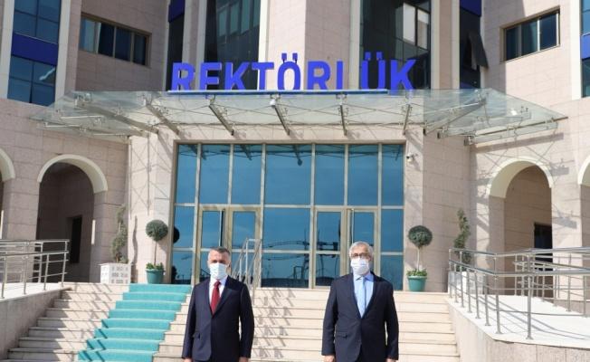 Kırklareli Valisi Bilgin, KLÜ Rektörü Şengörür'ü ziyaret etti