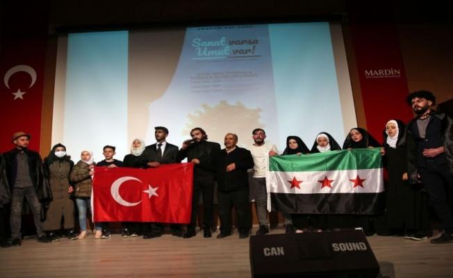 Savaş mağduru Suriyeliler, Mardin'de tiyatro oyunu sahneledi