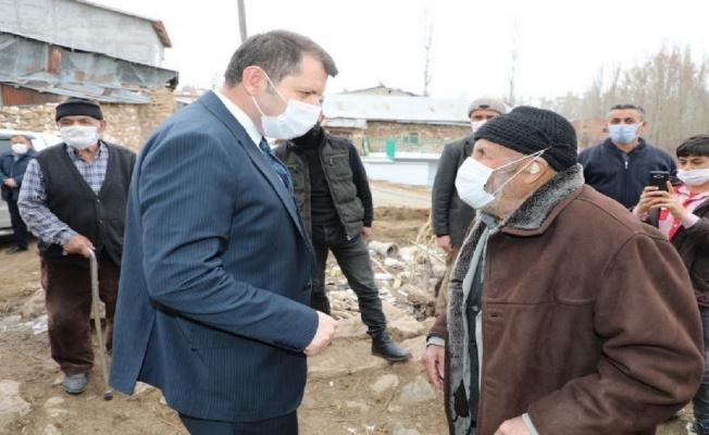 Sivas Valisi çiftçilerle buluştu
