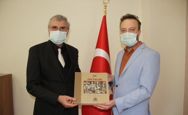 AA Sakarya Bölge Müdürü Velioğlu'ndan Büyükşehir Belediye Başkanı Yüce'ye ziyaret
