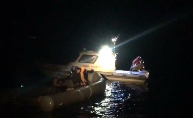 Çanakkale açıklarında Yunanistan unsurlarınca geri itilen 5 düzensiz göçmen kurtarıldı