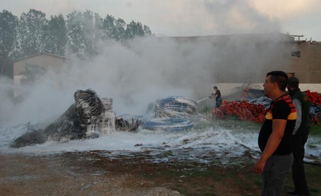 Çanakkale'de depo yangını
