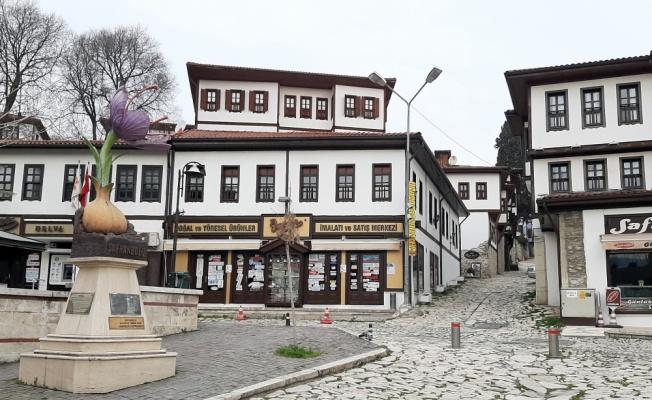 Doğu Marmara ve Batı Karadeniz'de cadde ve sokaklarda sessizlik hakim