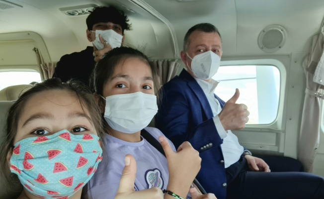 Kocaelili çocuklar deniz uçağıyla körfez turu yaptı