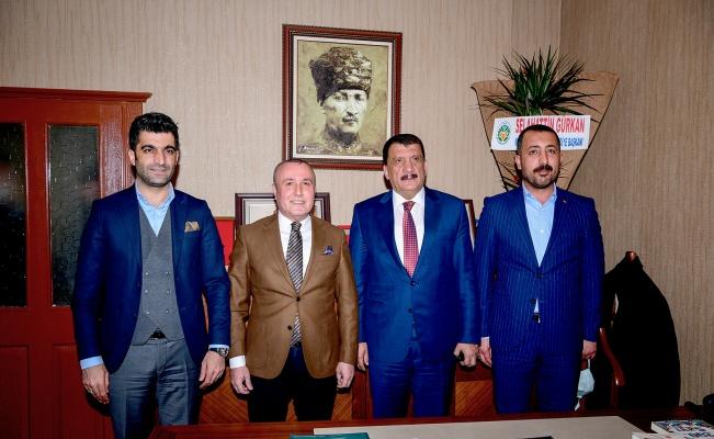 Selahattin Gürkan'dan Ömer Ekici'ye anlamlı ziyaret