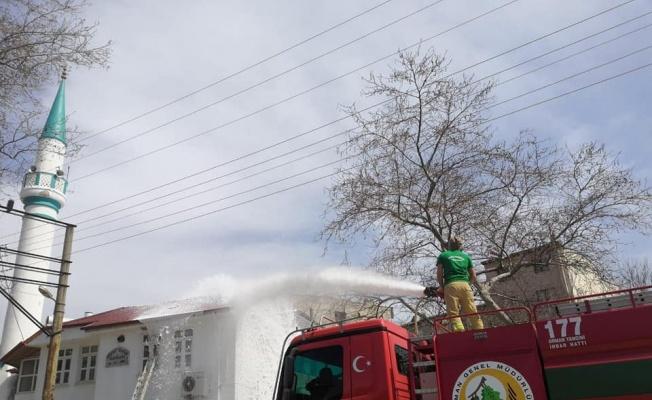 Tekirdağ'da caminin çatısında çıkan yangın söndürüldü