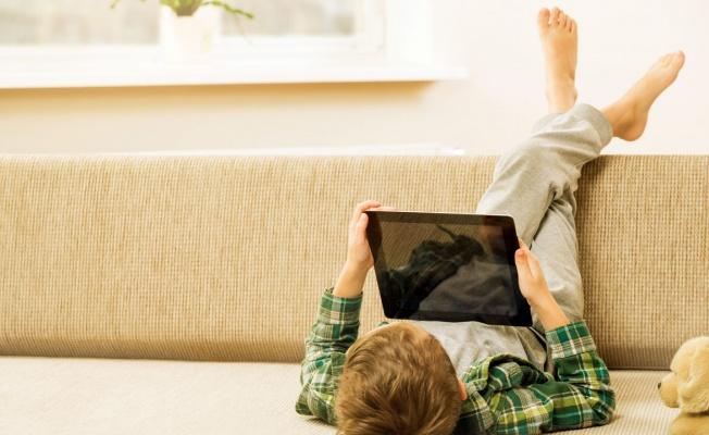 Uzman rehberler dijital çağda çocuk olmayı anlattı