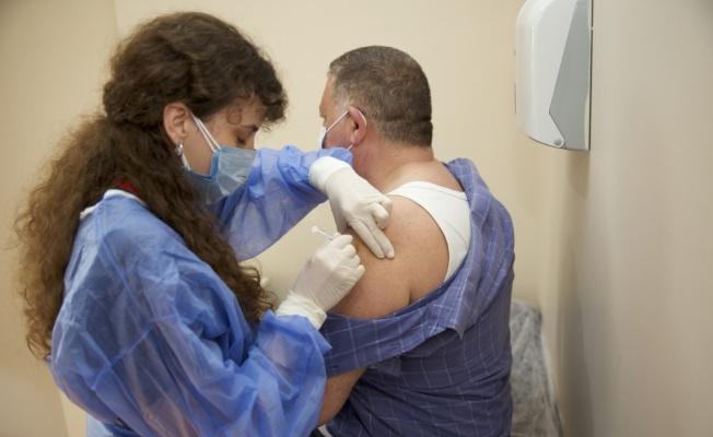Aşı programında öncelikli gruba dahil edilen muhtarlar karara sevindi