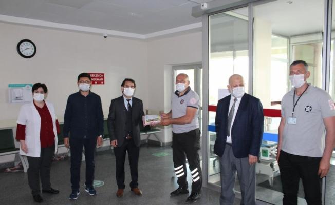 Karasu Devlet Hastanesinde çifte bayram