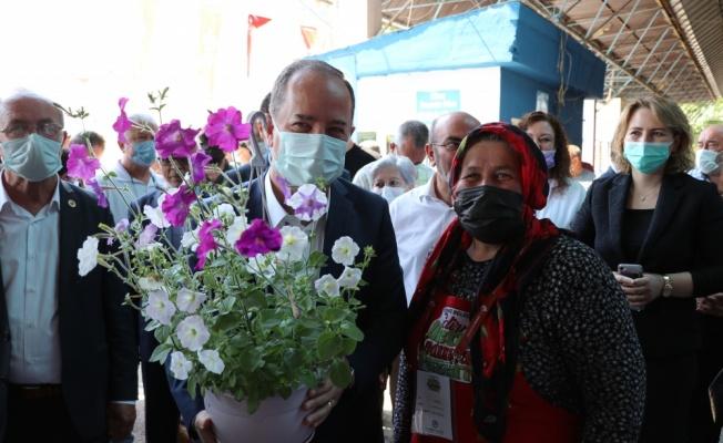 Edirne'de Üretici Kadınlar ve Antika Pazarı açıldı