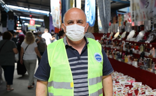 Bulgar turistler ile gurbetçiler,  Edirne'deki halk pazarında yoğunluk oluşturdu