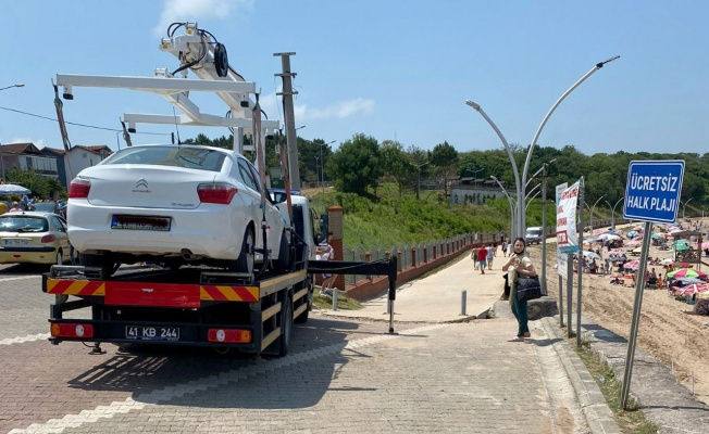 Kocaeli'de tatili zehir eden araçlar çekiliyor