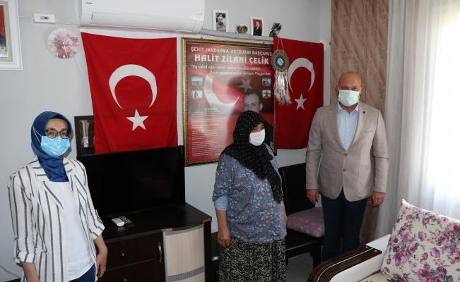Manisa Büyükşehir'den şehit ailesine duygulandıran jest