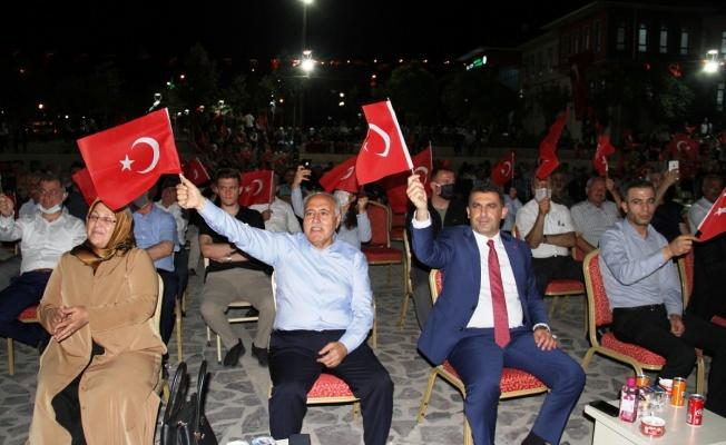 Mardin Yeşilli'de 15 Temmuz coşkusu