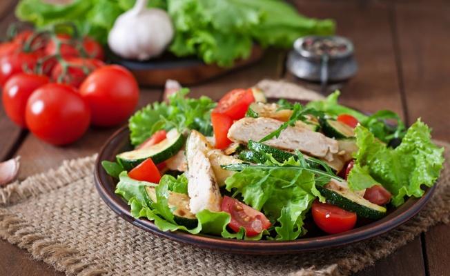 Salata tüketirken bu detaylara dikkat!