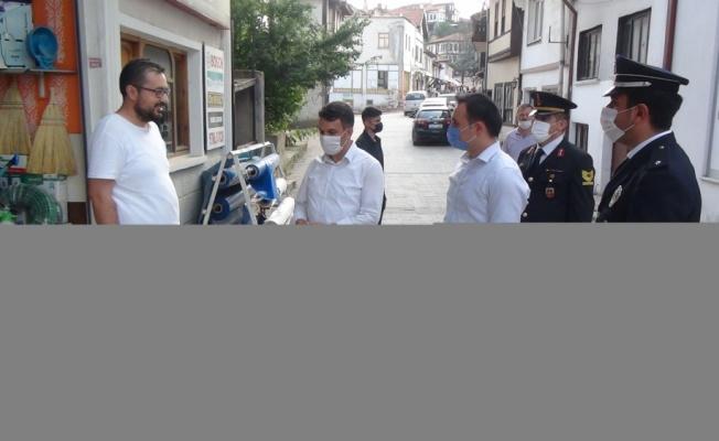 Taraklı'da protokol üyeleri görev başındaki personelle bayramlaştı