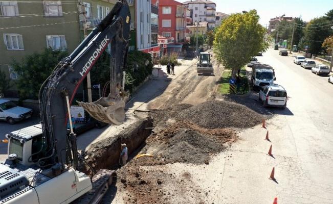 Bediüzzaman Caddesi'nde alt yapı sorunu çözülüyor