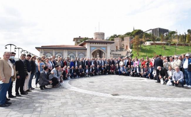 Bursa'nın uç beyleri Demokrasi Adası'nda