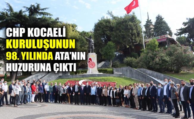 CHP Kocaeli, kuruluşunun 98. yılında Ata'nın huzuruna çıktı