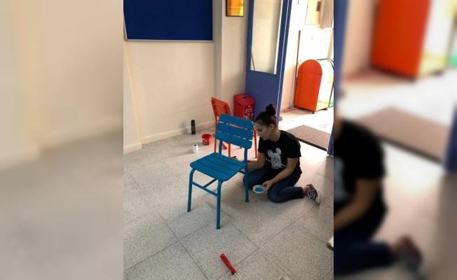 Edirne'de iki öğretmen atık malzemelerden kütüphane oluşturdu
