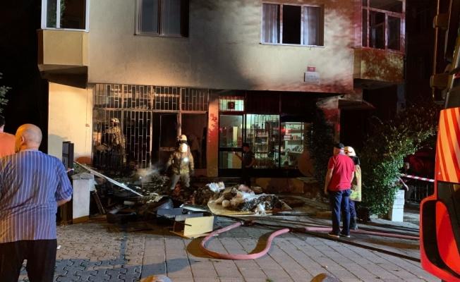 İstanbul'da bir iş yerinde çıkan yangın hasara neden oldu