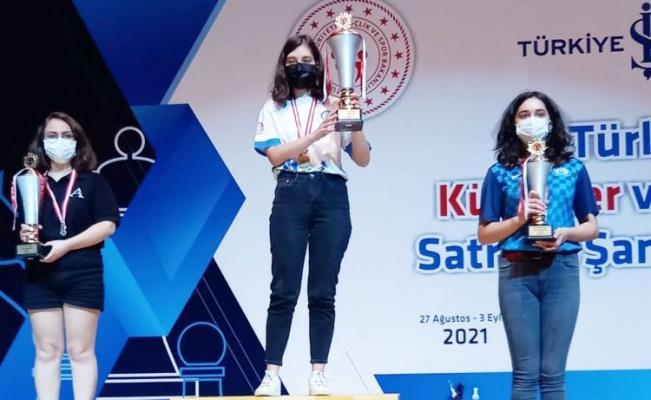 Muğlalı satranç sporcusu Türkiye'yi temsil edecek