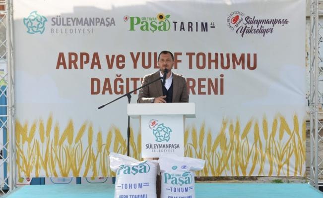 Süleymanpaşa Belediyesinden 300 çiftçiye yem bitkisi tohumu desteği
