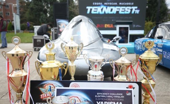 TEKNOFEST'te derece alan Sakarya ve Trabzon ekipleri