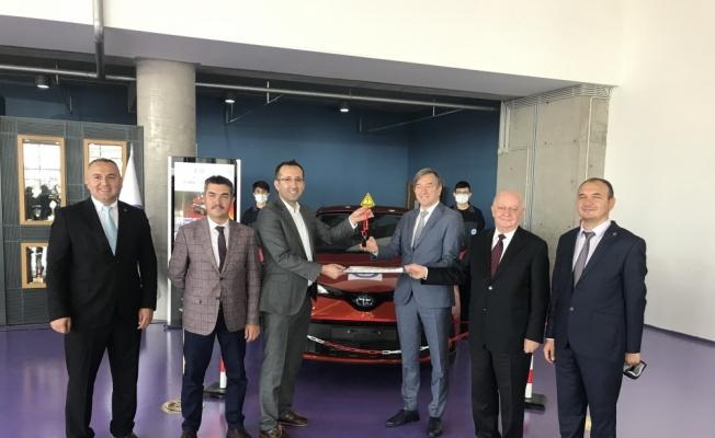 Toyota Otomotiv Sanayi Türkiye, mesleki eğitime desteğini sürdürüyor