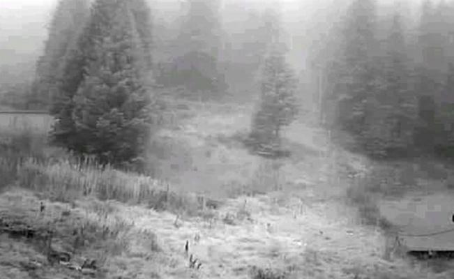 Uludağ'a ilk kar erken düştü