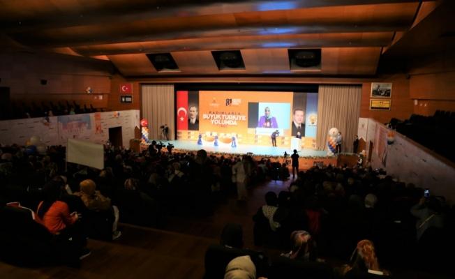 AK Parti Genel Merkez Kadın Kolları Başkanı Ayşe Keşir, Bursa'da konuştu: